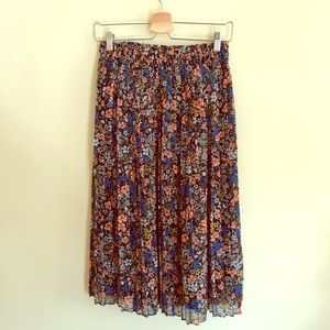 Midi pleated floral skirt Gap